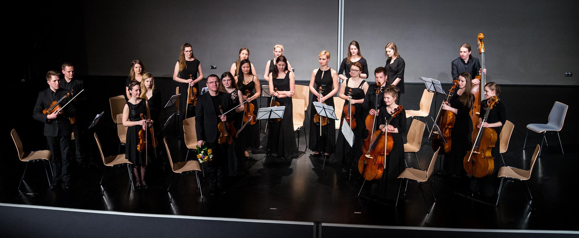 orkiestra-kameralna-am
